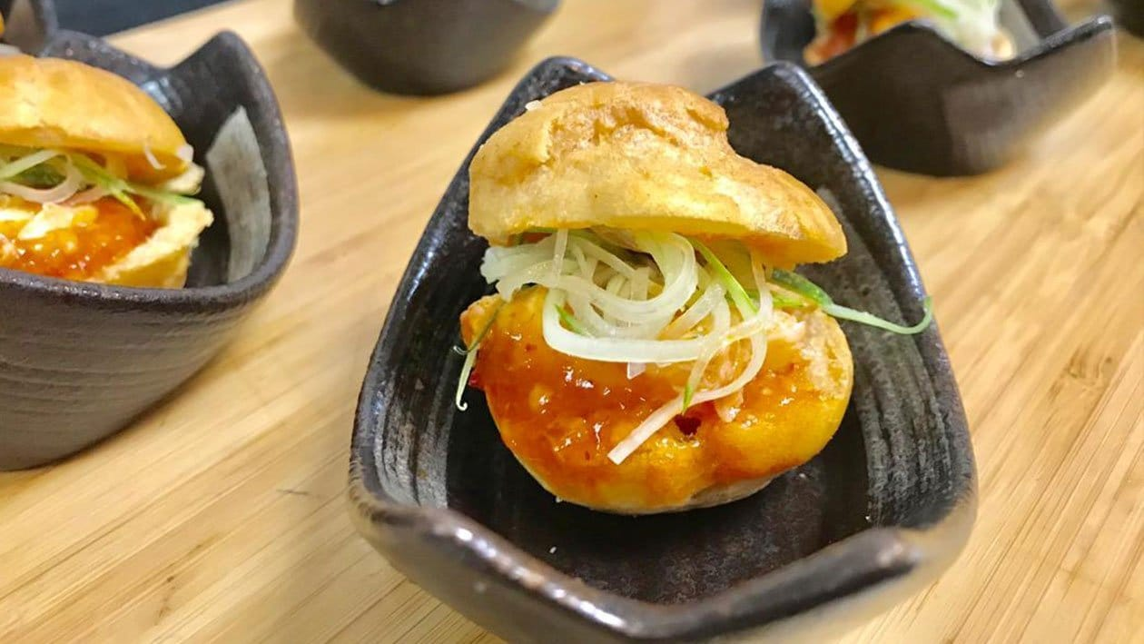 Chilli Crab in Choux Pastry