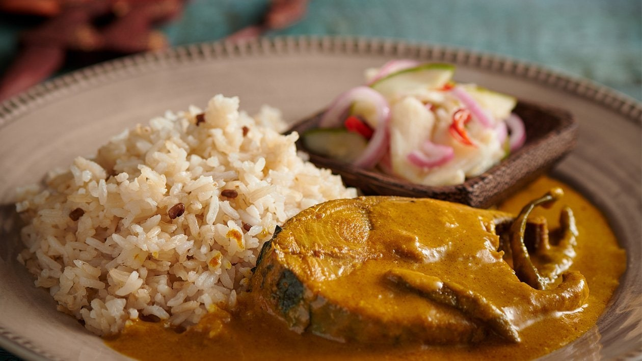 Nasi Dagang with Fish Curry